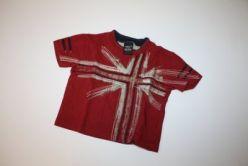 Červené triko s krátkým rukávem a s aplikací