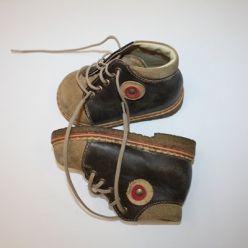 Kotníčkové boty hnědé na tkaničku