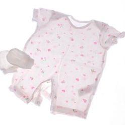 Bílé body se srdíčky růžovými + bílé kojenecké rukavičky