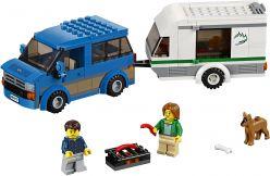 LEGO® City Great Vehicles Van z przyczepą kampingową