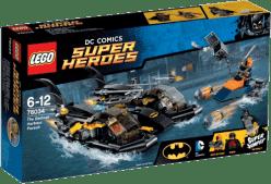 LEGO® Super Heroes Honička v přístavu s Batmanovým člunem